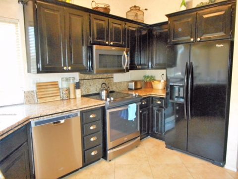 331 Red River Road Kitchen